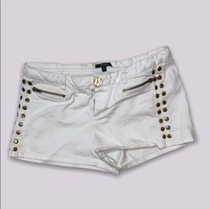 white shorts from xoxo size 13/14 price firm